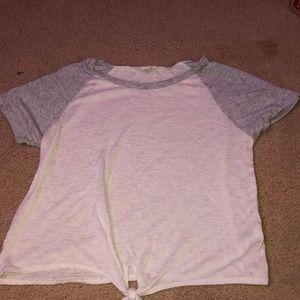 white and gray t-shirt